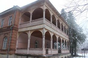 Что новый владелец бывшего дворца Анановых планирует с ним делать