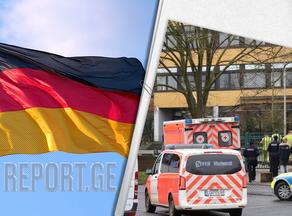 გერმანიაში გადაბრუნდა ავტობუსი, რომელსაც ტურისტები გადაჰყავდა