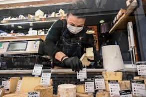 საფრანგეთში 5000 ტონა ყველი, შესაძლოა, გადასაყრელი გახდეს