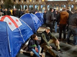 Protesters spent night in tents