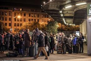ათასობით ადამიანი კარანტინის გამო პარიზიდან გაიქცა - VIDEO - PHOTO