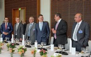 რუსეთი, უკრაინა და ევროკომისია ბუნებრივი აირის საკითხზე სამმხრივ მოლაპარაკებებს 19 დეკემბერს გამართავენ
