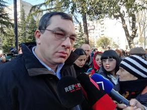 Клоуны Иванишвили должны услышать голос общества - в Кутаиси проходит митинг оппозиции