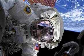 კოსმოსში ყოფნის ხანგრძლივობით კრისტინა კოჩმა რეკორდი დაამყარა