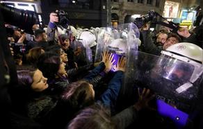 ქალების დღესთან დაკავშირებული დემონსტრაცია თურქეთის პოლიციამ დაშალა
