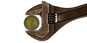 Страдает не только лари - мировая тенденция обесценивания валют
