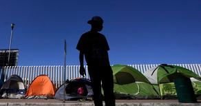 В феврале США задержали 100 000 мигрантов на границе с Мексикой