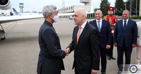 დავით ზალკალიანი ინდოეთის საგარეო საქმეთა მინისტრს შეხვდა