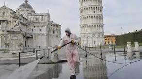 В Италии за сутки от COVID-19 скончались 262 человека