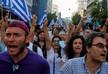 В Афинах на акции противников вакцинации произошли столкновения с полицией