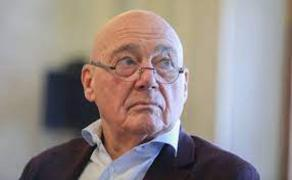 Vladimir Pozner states that he was not fined in Georgia
