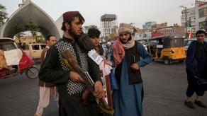 Талибы вывесили трупы на улицах Афганистана