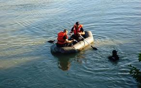 Two minors missing in the lake