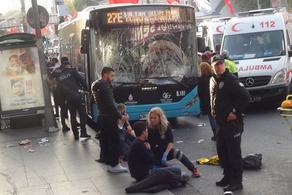 ავტობუსის მძღოლი ჯერ გაჩერებაზე შევარდა, შემდეგ კი, დანით ხელში, ადამიანებს დაესხა თავს