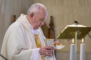 Папе Римскому назначили диету