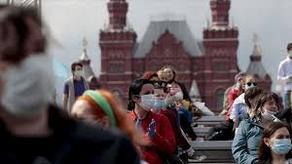 В России 8779 человек заразились COVID-19 за сутки