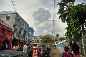 В Карибском море произошло извержение вулкана Суфриер - ВИДЕО