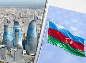 В Баку на параде развевается флаг победы - ВИДЕО