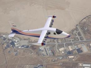 NASA-მ სრულად ელექტრონული თვითმფრინავი შექმნა - PHOTO