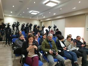 Journalists no longer allowed at the Administration of the Government  - LIVE