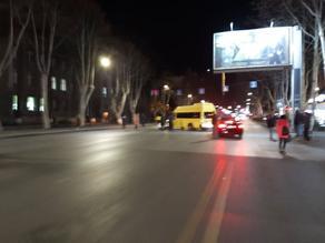 Minibus hits motorcycle on Kostava Street