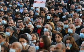 Armenian capital hosts protest rallies demanding PM resignation - VIDEO