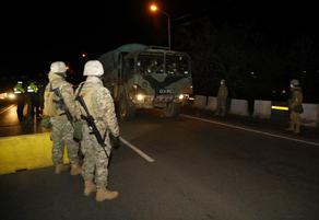 В Марнеули и Болниси вошла военная техника - ФОТО