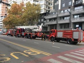 თბილისში, შარტავას ქუჩაზე ხანძარი გაჩნდა