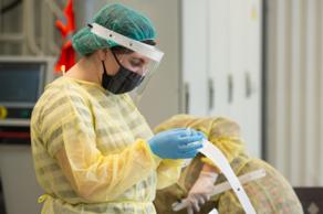 Системе здравоохранения Грузии будут переданы 40 000 масок-щитков местного производства