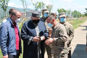 თავდაცვის სამინისტრომ მუსლიმ ჯარისკაცებს ჯიბის ყურანი გადასცა
