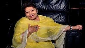 ბოლივუდის ქორეოგრაფი საროჯ ხანი 71 წლის ასაკში გარდაიცვალა