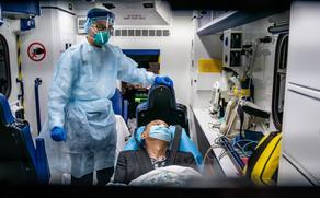 За сутки от COVID-19 в Китае умерли два человека