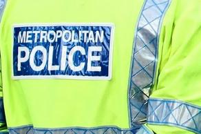 ლონდონში მამაკაცი პოლიციას აფურთხებდა და ამბობდა, რომ კორონავირუსი აქვს