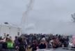 საფრანგეთში მუსიკალური წვეულების მონაწილეებმა პოლიციას მოლოტოვის კოქტეილები დაუშინეს