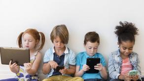 რამდენი ხნით შეიძლება ბავშვმა ელექტრონული მოწყობილობები გამოიყენოს - კვლევა