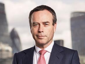 Редактор Financial Times покидает свой пост