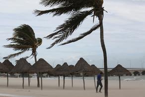 К Мексике приблизился ураган Грейс