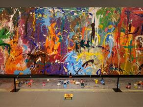Painting worth $ 500,000 accidentally damaged at exhibition in Seoul - PHOTO - VIDEO