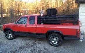 აშშ-ში შეშის საწვავზე მომუშავე პიკაპი იყიდება - PHOTO