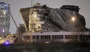 В результате обрушения крыши в Санкт-Петербурге погиб рабочий