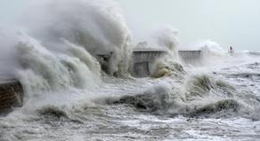 На черноморском побережье сильный шторм