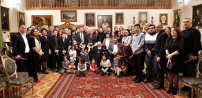 Члены парламентского большинства поздравили Патриарха