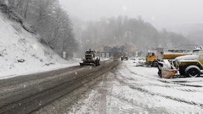თოვლის და ლიპყინულის გამო ჩუმათელეთი-ხუნევის მონაკვეთზე შეზღუდვებია