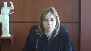 Judge assigned to UNM head's case refuses to recuse herself