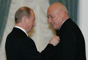 Russian TV host Pozner visits Georgia to celebrate his birthday