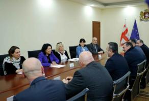 Саломе Зурабишвили встретилась в Гурии с представителями муниципалитетов