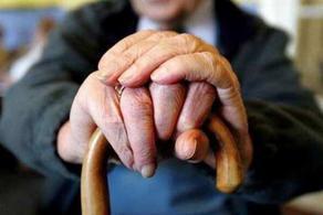 В Ахалцихе 89-летняя женщина обвиняет членов семьи в побоях