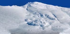 На Тетнулди под лавиной погибли три туриста