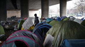 საფრანგეთის პოლიციამ მიგრანტთა ბანაკი დაშალა