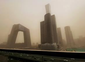 Heavy sandstorm hits China